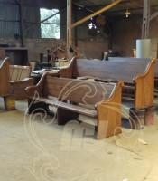 Kursi Gereja Jati