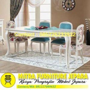 Kursi Meja Makan Minimalis Warna Putih